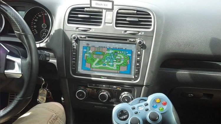 Do You Know How to Play a Video Game on Eonon Android Car Stereo with a PSP?